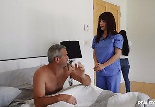 Horny nurse wants man's dick for a bit of oral fun