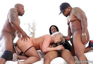 London River Blacks On Mommy hard gangbang