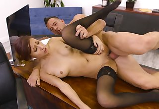 Jade Jantzen does scream hold back during a rough office pounding