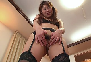 Japanese MILF creamed after a nasty fuck into her gradual snatch