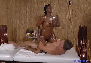 Nude ebony masseuse craves for dramatize expunge guy's learn of surrounding her thick ass