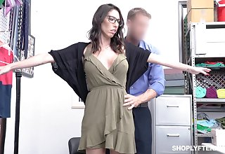 Guilty big breasted black head in glasses Dava Foxx has to ride strong blarney