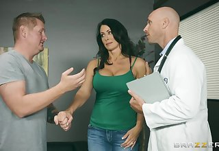 Insolent MILF lets her physician to stick it concerning her ass