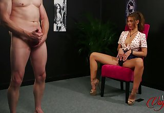 Amateur mature old bag Missy Wicked takes a dick in her pretty mouth