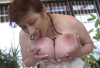 Glum MILF Solo - euro mature surrounding stockings & lingerie loves boob play