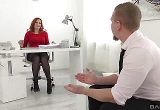 Acquisitive hard sex with a pro from the office during a job interview