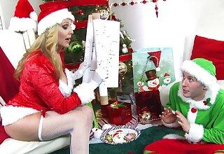 Bizarre fucking denouement an elf and naughty Ms. Claus Julia Ann