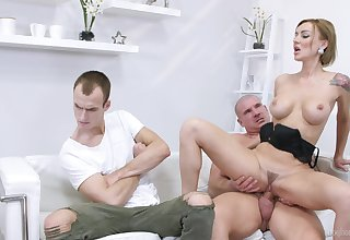 Elen Million and her friend appreciate hardcore threesome exposed to the bed