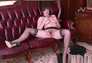 Big natural tits brunette masturbates surrounding retro nylons garter