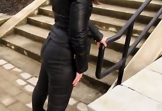 Leather Eva out be worthwhile for a stroll prevalent my new leather leggings 3