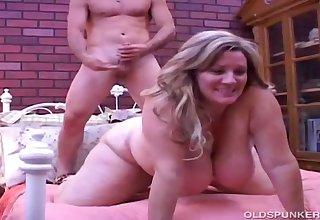 Beautiful Of age Big Beautiful Woman Deedra Has Big Tits